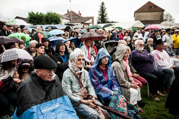 Frangy-en-bresse-fete-rose-montebourg-varoufakis-philippetti-35